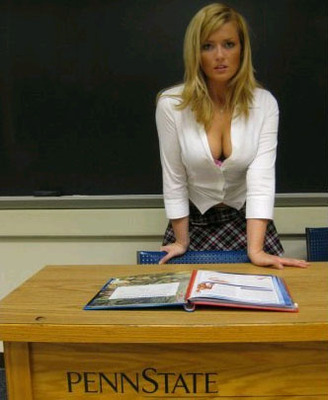 Hotkristydesk_display_image