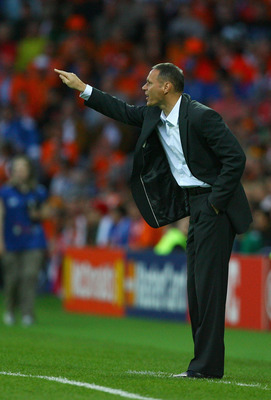 BERNE, SWITZERLAND - JUNE 09: Marco van Basten, head coach of Netherlands gestures during the Euro 2008 Group C match between Netherlands and Italy at Stade de Suisse Wankdorf on June 9, 2008 in Berne, Switzerland.  (Photo by Alex Livesey/Getty Images)