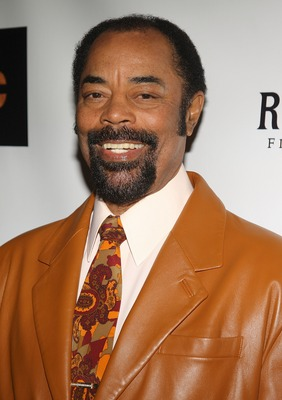 NEW YORK - FEBRUARY 25:  Former NBA player Walt Frazier attends the premiere of 'Black Magic' at The Apollo Theatre February 25, 2008 in New York City.  (Photo by Stephen Lovekin/Getty Images)