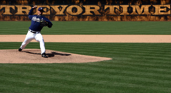 SAN DIEGO - MAY 13:  Pitcher Trevor Hoffman #51 of the San Diego Padres throws from the mound against the St. Louis Cardinals during the 9th inning of their MLB game on May 13, 2007 at Petco Park in San Diego, California.  (Photo by Donald Miralle/Getty I