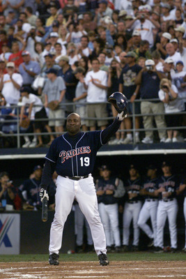 7 Oct 01:  San Diego Padres outfielder Tony Gwynn #19 waves to the crowd as he approaches the plate for his final Major League at bat in their game at Qualcomm Stadium in San Diego, California.  The Rockies won 14-5.  DIGITAL IMAGE Mandatory Credit:  Step