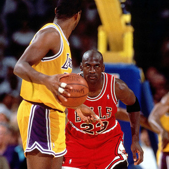 Michael Jordan vs. Kobe Bryant: A Head-to-Head Comparison After 15 NBA Seasons | Bleacher Report ...
