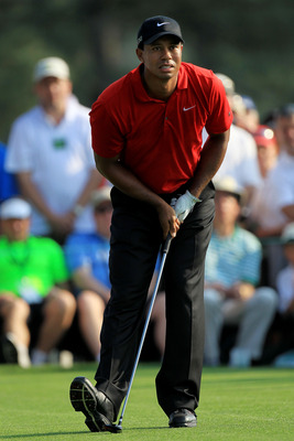 AUGUSTA, GA - APRIL 10:  Tiger Woods watches his shot during the final round of the 2011 Masters Tournament on April 10, 2011 in Augusta, Georgia.  (Photo by David Cannon/Getty Images)