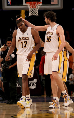 LOS ANGELES - APRIL 18:  Pau Gasol #16 of the Los Angeles Lakers congratulates Andrew Bynum #17 after a dunk against the Oklahoma City Thunder during  Game One of the Western Conference Quarterfinals of the 2010 NBA Playoffs on April 18, 2010 at Staples C