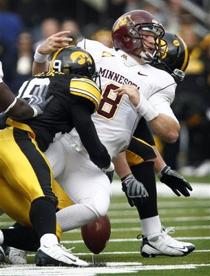 38685_minnesota_iowa_football_medium_display_image