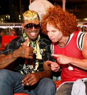 Carrot_Top_and_Dennis_Rodman_at_HTZ1_display_image.jpg?1304981434