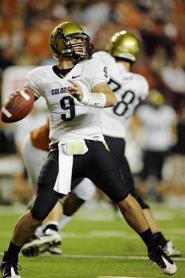 AUSTIN, TX - OCTOBER 10:  Quarterback Tyler Hansen #9 of the Colorado Buffaloes looks for a receiver against the Texas Longhorns on October 10, 2009 at Darrell K Royal-Texas Memorial Stadium in Austin, Texas.  Texas won 38-14.  (Photo by Brian Bahr/Getty