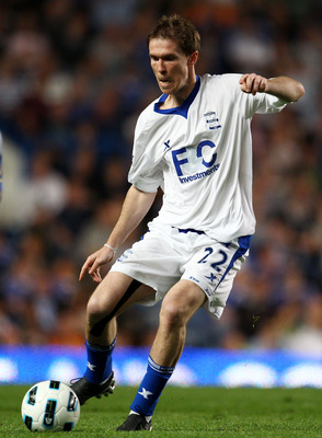 LONDON, ENGLAND - APRIL 20: Alexander Hleb of Birmingham City in action during the Barclays Premier League match between Chelsea and Birmingham City at Stamford Bridge on April 20, 2011 in London, England.  (Photo by Julian Finney/Getty Images)