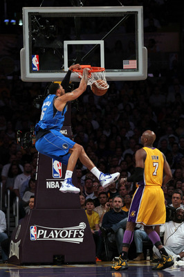 LOS ANGELES, CA - MAY 04:  Tyson Chandler #6 of the Dallas Mavericks dunks the ball in the first quarter while taking on the Los Angeles Lakers in Game Two of the Western Conference Semifinals in the 2011 NBA Playoffs at Staples Center on May 4, 2011 in L