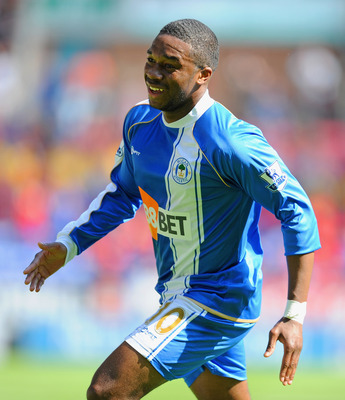 WIGAN, ENGLAND - APRIL 30:  Charles N'Zogbia of Wigan celebrates scoring to make it 1-0 during the Barclays Premier League match between Wigan and Everton at the DW Stadium on April 30, 2011 in Wigan, England.  (Photo by Michael Regan/Getty Images)