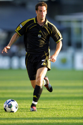 16 Jun 2001: John Harkes #7 of the Columbus Crew dribbles down field during the match against the Tampa Bay Mutiny at Columbus Crew Stadium in Columbus, Ohio. The Crew defeated the Mutiny 6-1. DIGITAL IMAGE. Mandatory Credit: Tom Pidgeon/ALLSPORT