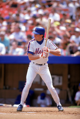 1990:  Dave Magadan of the New York Mets stands ready at bat during a game in the 1990 season. (Photo by: Scott Halleran/Getty Images)