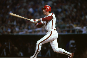 PHILADELPHIA - 1985:  Mike Schmidt #20 of the Philadelphia Phillies swings at a pitch during a 1985 season game (Photo by Getty Images)