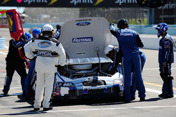 Engine problems are rare for the Roush Fenway FR9 Ford engines.