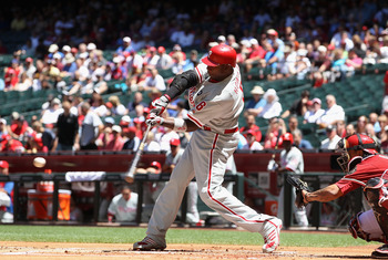 PHOENIX, AZ - APRIL 27:  Ryan Howard #6 of the Philadelphia Phillies bats against the Arizona Diamondbacks during the Major League Baseball game at Chase Field on April 27, 2011 in Phoenix, Arizona.  The Phillies defeated the Diamondbacks 8-4.  (Photo by