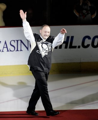 PITTSBURGH, PA - APRIL 08:  Penguins alumni Bryan Trottier waves to the crowd during the pre game ceremony to celebrate the final regular season game at Mellon Arena on April 8, 2010 in Pittsburgh, Pennsylvania.  The Penguins defeated the Islanders 7-3.