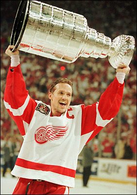 Yzerman_display_image