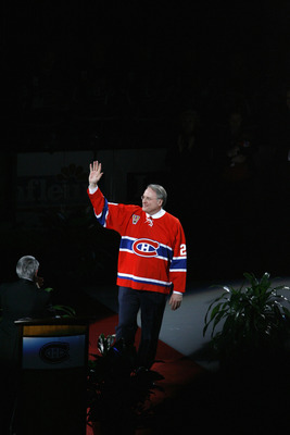 MONTREAL, CANADA - JANUARY 29:  Former Montreal Canadian Ken Dryden waves to the crowd as his #29 jersey is retired during a ceremony prior to the start of the NHL game between the the Ottawa Senators and the Montreal Canadiens on January 29, 2007 at the