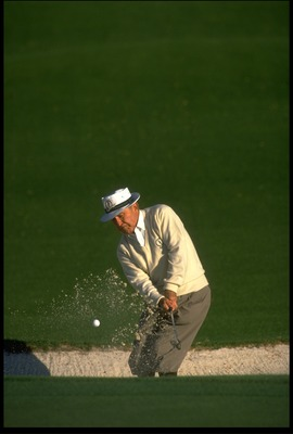 APR 1988:  GENE SARAZEN OF THE UNITED STATES PLAYS FROM A BUNKER DURING THE 1988 US MASTERS AT THE AUGUSTA NATIONAL GOLF CLUB.