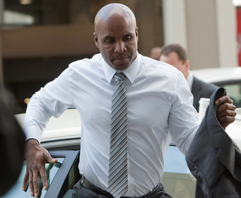 SAN FRANCISCO, CA -APRIL 8:  Former major league baseball player Barry Bonds arrives back at the Phillip Burton Federal Building and United States Court House for a second time April 8, 2011 in San Francisco, California. The jury is deliberating the case