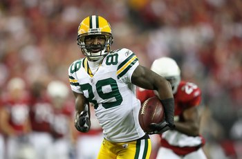 GLENDALE, AZ - JANUARY 10:  Wide receiver James Jones #89 of the Green Bay Packers runs with the football during the 2010 NFC wild-card playoff game against the Arizona Cardinals at the Universtity of Phoenix Stadium on January 10, 2010 in Glendale, Arizo