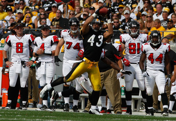 PITTSBURGH - SEPTEMBER 12:  Troy Polamalu #43 of the Pittsburgh Steelers catches an interception thrown by Matt Ryan #2 of the Atlanta Falcons during the NFL season opener game on September 12, 2010 at Heinz Field in Pittsburgh, Pennsylvania.  (Photo by J