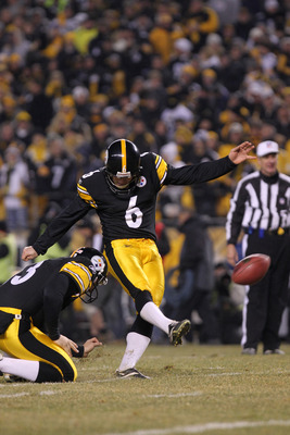 PITTSBURGH, PA - JANUARY 15:  Kicker Shaun Suisham #6 of the Pittsburgh Steelers kicks an extra point against the Baltimore Ravens during the AFC Divisional Playoff Game at Heinz Field on January 15, 2011 in Pittsburgh, Pennsylvania.  (Photo by Nick Laham