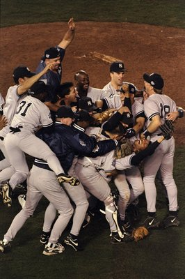 21 Oct 1998:  General view as members of the New York Yankees celebrate winning the 1998 World Series Game 4 against the San Diego Padres at the Qualcomm Stadium in San Diego, California. The Yankees defeated the Padres 3-0 to win the Series. Mandatory Cr