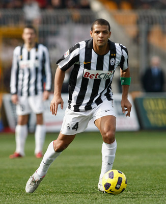 LECCE, ITALY - FEBRUARY 20:  Felipe Melo of Juventus during the Serie A match between Lecce and Juventus FC at Stadio Via del Mare on February 20, 2011 in Lecce, Italy.  (Photo by Maurizio Lagana/Getty Images)