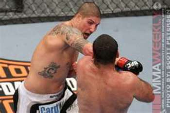 """The Hybrid"" Brendan Schaub delivering a solid right hand"