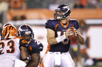 CINCINNATI, OH - AUGUST 15: Tim Tebow #15 of the Denver Broncos looks to pass during the preseason game against the Cincinnati Bengals at Paul Brown Stadium on August 15, 2010 in Cincinnati, Ohio. (Photo by Joe Robbins/Getty Images)