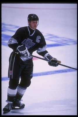 21 Mar 1995: Center Wayne Gretzky of the Los Angeles Kings looks on during a game against the Anaheim Mighty Ducks at Arrowhead Pond in Anaheim, California. The game was a tie, 3-3.