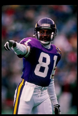 19 Nov 1989: Wide receiver Anthony Carter of the Minnesota Vikings in action during a game against the Philadelphia Eagles at Veterans Stadium in Philadelphia, Pennsylvania. The Eagles won the game 10-9.