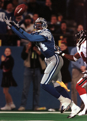 12 Nov 2000:  Detroit Lions'' receiver Herman Moore #84 makes a long fourth quarter reception that resulted in a game tying field goal against the Atlanta Falcons at the Silverdome in Pontiac, Michigan. The Lions won the game 13-10. Mandatory Credit: Tom
