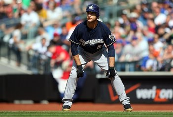 NEW YORK - APRIL 18:  Ryan Braun #8 of the Milwaukee Brewers leads off first base against the New York Mets on April 18, 2009 at Citi Field in the Flushing neighborhood of the Queens borough of New York City.  (Photo by Jim McIsaac/Getty Images)