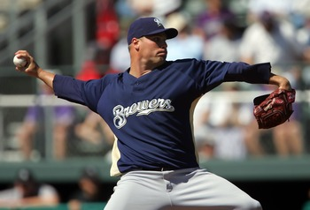 TUCSON, AZ - MARCH 1:  Ben Sheets #15 of the Milwaukee Brewers throws a pitch in the first inning of the spring training game against the Colorado Rockies at Hi Corbett Field March 1, 2008 in Tucson, Arizona. The Rockies defeated the Brewers 6-3.  (Photo