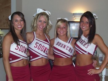 Sooners_cheerleaders_14_display_image