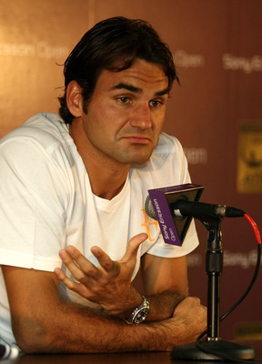 KEY BISCAYNE, FL - MARCH 23:  Roger Federer of Switzerland answers questions at a press conference during the Sony Ericsson Open at Crandon Park Tennis Center on March 23, 2011 in Key Biscayne, Florida.  (Photo by Al Bello/Getty Images)