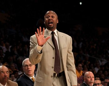 LOS ANGELES - APRIL 18:  Assistant coach Brian Shaw of the Los Angeles Lakers gives instructions against the Oklahoma City Thunder during  Game One of the Western Conference Quarterfinals of the 2010 NBA Playoffs on April 18, 2010 at Staples Center in Los