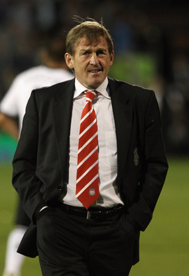 LONDON, ENGLAND - MAY 09:  Manager Kenny Dalglish walks during the Barclays Premier League match between Fulham and Liverpool at Craven Cottage on May 9, 2011 in London, England.  (Photo by Scott Heavey/Getty Images)
