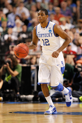 TAMPA, FL - MARCH 17:  Brandon Knight #12 of the Kentucky Wildcats brings the ball up court against the Princeton Tigers during the second round of the 2011 NCAA men's basketball tournament at St. Pete Times Forum on March 17, 2011 in Tampa, Florida. Kent