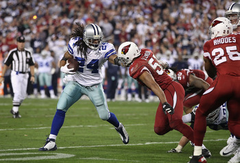 GLENDALE, AZ - DECEMBER 25:  Runningback Marion Barber #24 of the Dallas Cowboys rushes the football during the NFL game against the Arizona Cardinals at the University of Phoenix Stadium on December 25, 2010 in Glendale, Arizona. The Cardinals defeated t