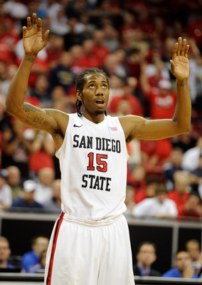 LAS VEGAS, NV - MARCH 11:  Kawhi Leonard #15 of the San Diego State Aztecs waits for a UNLV Rebels player to shoot a free throw during a semifinal game of the Conoco Mountain West Conference Basketball tournament at the Thomas & Mack Center March 11, 2011