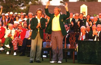 1986:  Jack Nicklaus of the USA receives the green jacket from Bernhard Langer of Germany after the US Masters at the Augusta National Golf Club in Georgia, USA.  \ Mandatory Credit: David  Cannon/Allsport