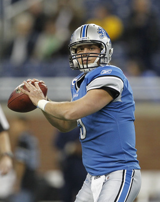 DETROIT - NOVEMBER 7: Matthew Stafford #9 of the Detroit Lions warms up prior to the start of the game against the New York Jets at Ford Field on November 7, 2010 in Detroit, Michigan. (Photo by Leon Halip/Getty Images)