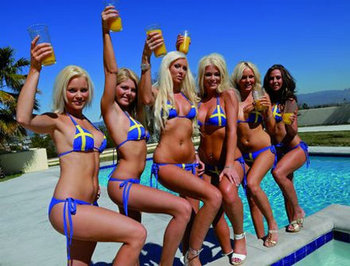 Hot-swedish-fans-in-bikinis_display_image