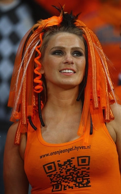 Dutch-world-cup-babe_display_image
