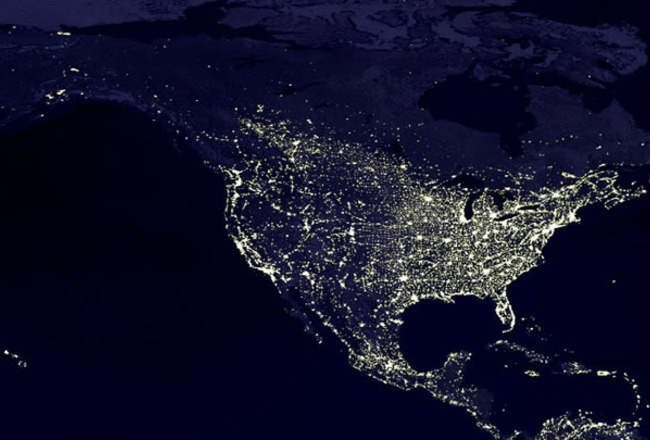 Satellite-photo-united-states-at-night_crop_650x440