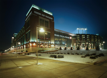 Lambeau-outside-winter_display_image