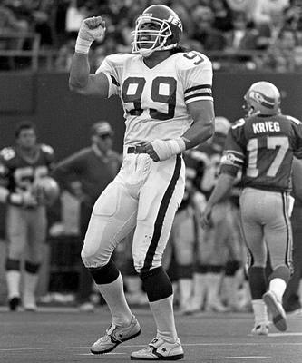 "Mark Gastineau doing his famous ""Sack Dance""."